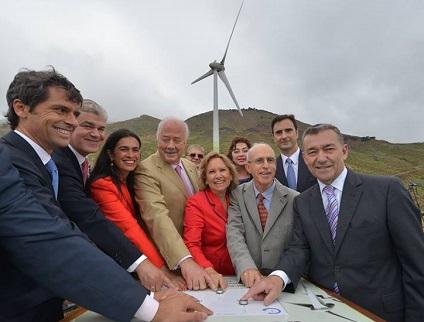 Personalidades que activaron los cinco molinos de viento. Foto Gorona del Viento